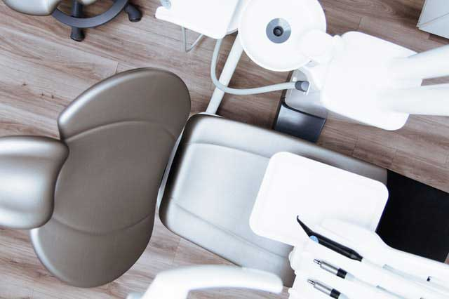 5 Questions to Ask Yourself When Choosing a Cosmetic Dentist